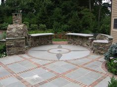 Ideas For Backyard Patio Designs Brick Pavers Concrete Patios, Patio Slabs, Cement Patio, Flagstone Patio, Patio Flooring, Brick Pavers, Patio Stone, Concrete Bricks, Stone Patios
