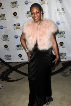 Regina Taylor at the 23rd Annual Night of 100 Stars Black Tie Dinner at Beverly Hills Hotel
