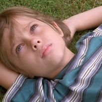 Boyhood is written and directed by Richard Linklater. It stars Patricia Arquette, Ethan Hawke, Lorelei Linklater, and Ellar Coltrane as Mason. The film is a coming of age story, that takes us from … Boyhood Movie, Film 2014, Movies 2014, Good Movies, Greatest Movies, Netflix Movies, Patricia Arquette, Mulholland Drive, Winter