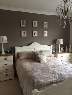 charleston gray in a bedroom