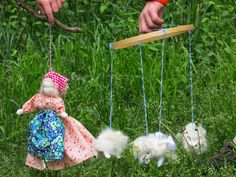 http://goldenhours16.blogspot.fr/search/label/Children at Play?updated-max=2015-05-09T19:53:00-07:00