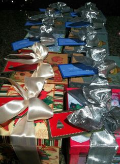 Christmas favor tags by PaperGeenius.