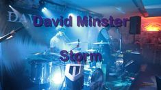 Strongly inspired by his brother-in-law 🅲🅰🅻🆅🅸🅽 🆁🆄🆂🆂🅴🅻🅻, David Minster makes the most of it and offers us Rock and Blues to the rhythms of the American Far We. Brother, Blues, David