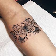 45 Wonderful Butterfly Tattoo Ideas For Tattoo Lovers Mini Tattoos, Body Art Tattoos, Small Tattoos, Sleeve Tattoos, Pretty Tattoos, Beautiful Tattoos, Cool Tattoos, Tatoos, Form Tattoo