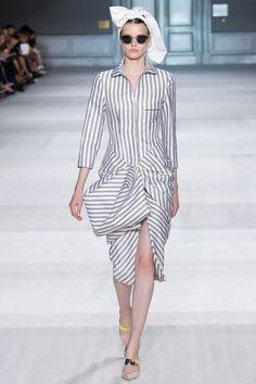 Bộ sưu tập Giambattista Valli Haute Couture Thu Đông 2014