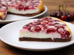 Meggyes-joghurtos torta recept http://aprosef.hu/joghurtos_meggyes_torta_recept