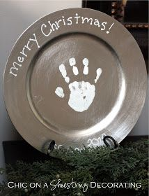 Chic on a Shoestring Decorating: Handprint Christmas Plate Keepsake Craft for Kids