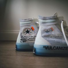 OFF WHITE x Converse Chuck Taylor