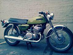 1975 Suzuki T500 Titan. Suzuki Bikes, Suzuki Motorcycle, Café Racers, Old Bikes, Mopeds, Evernote, Man Stuff, Europe, Club