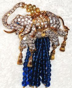 Elizabeth Taylor brooch.....Uploaded By www.1stand2ndtimearound.etsy.com