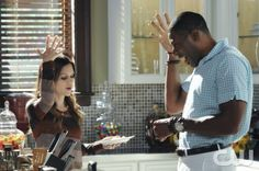 """Faith & Infidelity""-- Pictured (L-R) Rachel Bilson as Dr. Zoe Hart and Cress Williams as Lavon Hayes in HART OF DIXIE on THE CW. Photo Credit: Michael Yarish/The CW©2011 The CW Network, LLC. All Rights Reserved"