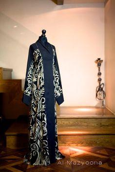 Al Mazyoona Black Abaya Gold Embroidery Dubai Arabic Jalabiya Khaleeji Kaftan Maxi