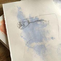 blue aesthetic soft pastel blue light blue dark blue white grunge minimalistic japanese korean ethereal aesthetic aesthetics r o s i e Aesthetic Colors, Aesthetic Photo, Korean Aesthetic, Japanese Aesthetic, Blue Aesthetic Grunge, Light Blue Aesthetic, Aesthetic Beauty, Aesthetic Pastel, Aesthetic Images