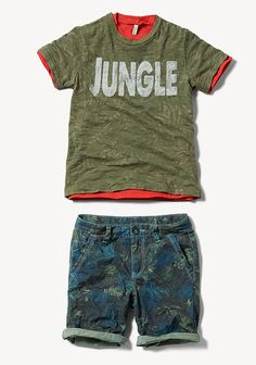 Welcome to the #jungle! #Benetton #kids #summer15 #tshirt #shorts world.benetton.com/magazine/this-week/jungle-rock/