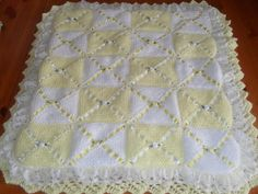 Easy Heart Baby Blanket Knitting Pattern - love this edging Baby Cardigan Knitting Pattern Free, Free Baby Blanket Patterns, Baby Hats Knitting, Knitted Baby Blankets, Pram Blankets, Knitted Rug, Knitting Help, Rug Patterns, Manta Crochet