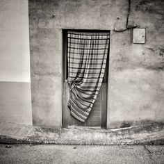 """""""Front door of a house in Cuenca, Spain."""" from @lensflare on Piictu"""