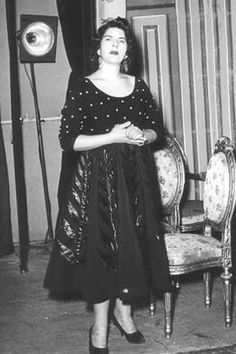 zynat sedky Egyptian Actress, Cinema Theatre, Old Egypt, Celebs, Celebrities, Classic Beauty, Movie Stars, Hollywood, Actresses