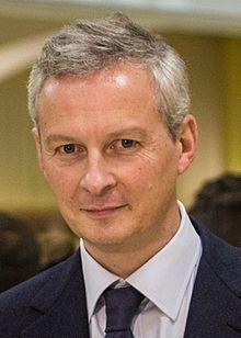 Bruno Le Maire est ministre de l'économie Auto Entrepreneur, Portrait, Mai, Photos, Italia, Ceiling, Economics, Finance, France