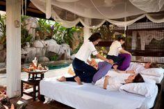โรงแรม เดอะ เลเจนด์ เชียงราย ที่พักริมแม่น้ำกก มีบรรยากาศยามเช้าและยามเย็นที่สวยมาก สามารถเดินมาถ่ายรูปข้างแม่น้ำกกได้เลย ห้องนอนสวยแบบธรรมชาติ ห้องนอนและห้องน้ำมีขนาดใหญ่กว้างขวางสะดวกสบาย http://xn--72cbg2bb3a9dbin1grb8a1byldbd1u.blogspot.com