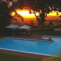 Plumbago Guest House in Hazyview, Mpumalanga close to Kruger National Park. Luxury accommodation with lots of activities on offer.