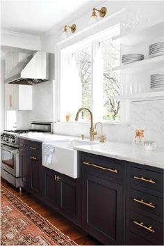 Dark Kitchen Cabinets, Kitchen Cabinet Colors, Painting Kitchen Cabinets, Kitchen Colors, Kitchen Countertops, Upper Cabinets, White Cabinets, Kitchen Paint, White Countertops