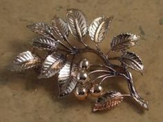 Mountain Ash vintage brooch Exquisite | vintage jewellery | Jewels & Finery UK
