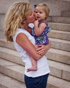 4 Ways to Give Your Daughter a Complex About Her Looks