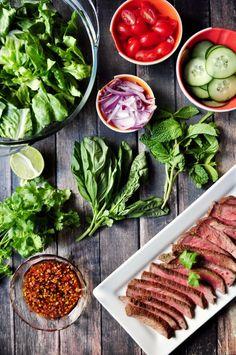Super quick and flavorful Thai beef salad using leftover Montreal oven roast. Pork Chop Express, Thai Grilled Chicken, Pork Hock, Thai Beef Salad, Salads To Go, Pork Fillet, Big Salad, Bbq Pork, Middle Eastern Recipes