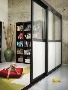 Another example of frames that don't go all the way to the ceiling.  room dividers to separately office