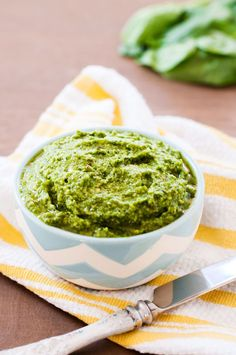 The PKP Way | Spinach and Mint Pesto | http://www.thepkpway.com