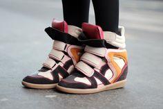 sneakers con la zeppa e Isabel Marants looks outfits