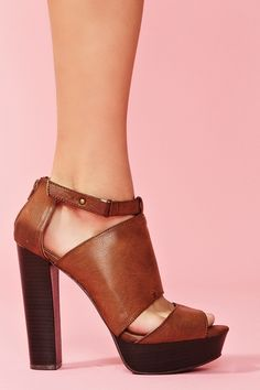 Paloma Cutout Platform in Brown