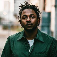 Kendrick Lamar-Haarzöpfe am neuesten Kendrick Lamar, King Kendrick, Black Men Hairstyles, Haircuts For Men, Hairstyles Haircuts, Hip Hop Artists, Music Artists, Skin Fade Hairstyle, Rapper Big