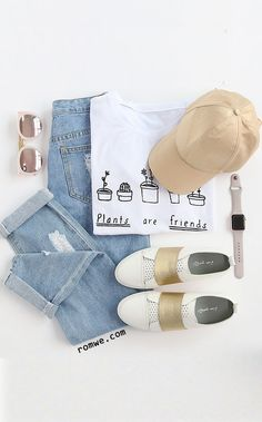 White Plants And Letters Print T-shirt