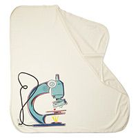 ORGANIC MICROSCOPE SWADDLING BLANKET For the newest nerd in your life, get her off to a great start by emphasizing the right things.
