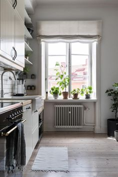 my scandinavian home: Classic meets contemporary in a Stockholm home