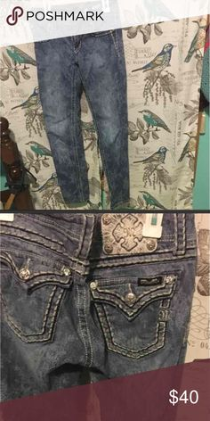Miss me lace jeans Cute anklet jeans with a lace pattern. By miss me. Size 27 but may fit more like a 26 Miss Me Jeans Ankle & Cropped