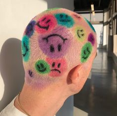 Medium Hair Styles, Curly Hair Styles, Shaved Head Designs, Girls With Shaved Heads, Buzzed Hair, Shave My Head, Bald Hair, Funky Hairstyles, Grunge Hairstyles