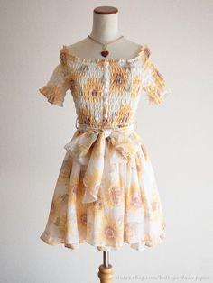 LIZ LISA Off-shoulder Sunflower pattern OP Dress Hime Sweet Lolita Kawaii Japan #LIZLISA #PeplumTunic #Shibuya109Lolitafashion