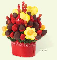 Berry Chocolate Bouquet with Hearts in Red Container Homemade Valentines, Valentine Day Gifts, Raspberry, Strawberry, Fruit Gifts, Gift Bouquet, Candied Fruit, Chocolate Bouquet, Edible Arrangements