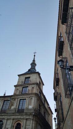 Pespectiva. .torreón del ayuntamiento de toledo