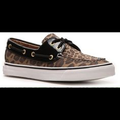 Leopard Sperry boat shoes Leopard canvas and patent leather flats, been used Sperry Top-Sider Shoes