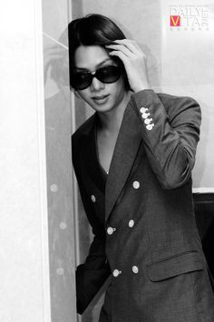 """Kim Heechul, """"Oh you caught me again. But I really wanted to see , even if just a glance."""" Fan girl dreams ......#18"""
