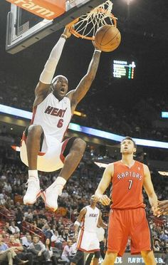 LeBron James dunking against the Raptors at AAA. Basketball Pictures, Love And Basketball, Sports Pictures, Nike Basketball, Basketball Players, King Lebron James, King James, Nba Stars, Sports Stars