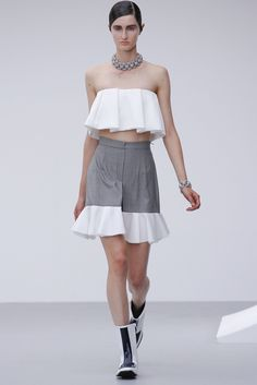 J.W.Anderson Spring 2013 Ready-to-Wear Fashion Show - Mackenzie Drazan