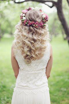 floral wreath plus hair down = stunning wedding hair. See more www.weddingchicks.com/2013/08/16/bohemian-bridal-ideas/