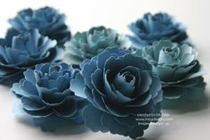 Paper flowers using the Blossom Punch D Flowers, Paper Flowers Diy, Paper Roses, Flower Cards, Handmade Flowers, Fabric Flowers, Flores Diy, Paper Punch Art, Shabby Chic Flowers
