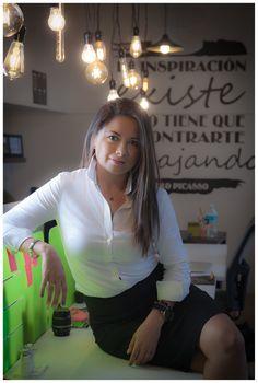 Emprender en México. Analí Díaz Infante. #Ejecutiva #Sesion #FotoEjecutiva #Emprendedora #Emprendedores #Victoria147 #Entrepreneur #Woman #Work #Trabajo #Oficina #Diggitalera #AgenciaDigital #DiggitalMarketing