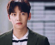 Only Chang Wook — I miss his smile 😍😭 Ji Chang Wook Abs, Ji Chang Wook Smile, Ji Chang Wook Healer, Ji Chan Wook, Handsome Actors, Hot Actors, Actors & Actresses, Man To Man Kdrama, Dramas