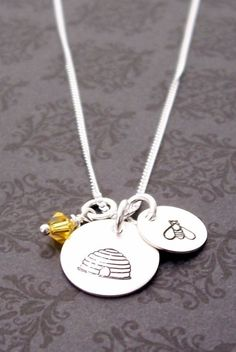 I would luv this Melissa means honey bee